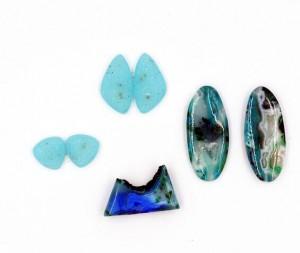 blue loose stones